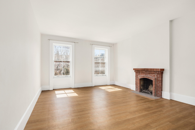 485 West 22nd Street, Unit 3 Image #1