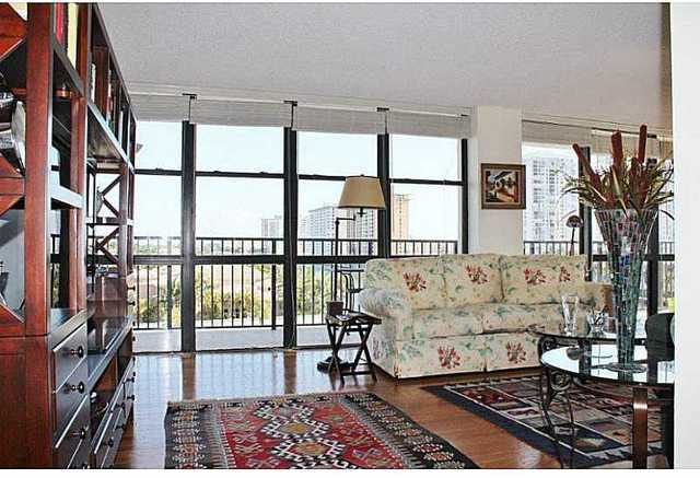 1000 Parkview Drive, Unit 621 Image #1