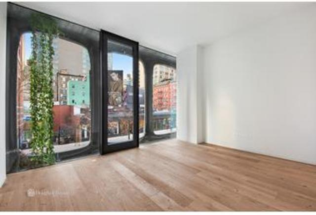 325 West Broadway, Unit 2B Image #1