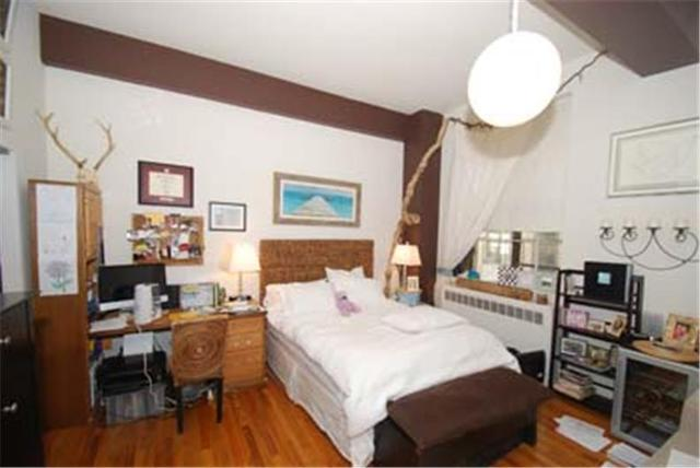 160 West 16th Street, Unit 5A Image #1