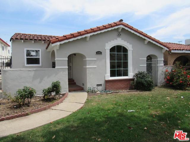 3241 West 74th Street Los Angeles, CA 90043