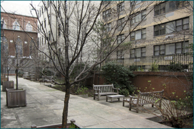 425 East 79th Street, Unit 1C Image #1