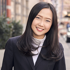 Iris Zhen,                     Agent in NYC - Compass