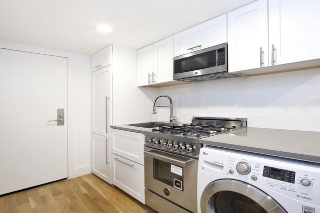 220 East 22nd Street, Unit 4W Image #1