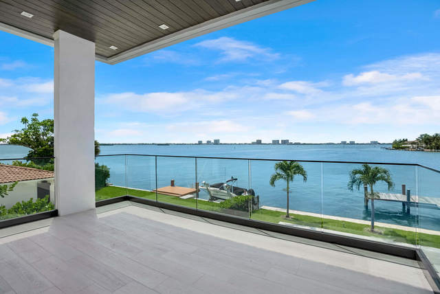 847 North Shore Drive Miami Beach, FL 33141