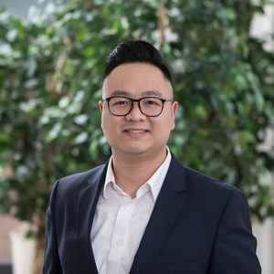 Anson Wu,                       Agent in Greater Boston - Compass