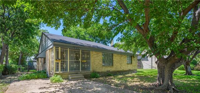 3529 North Versailles Avenue Dallas, TX 75209