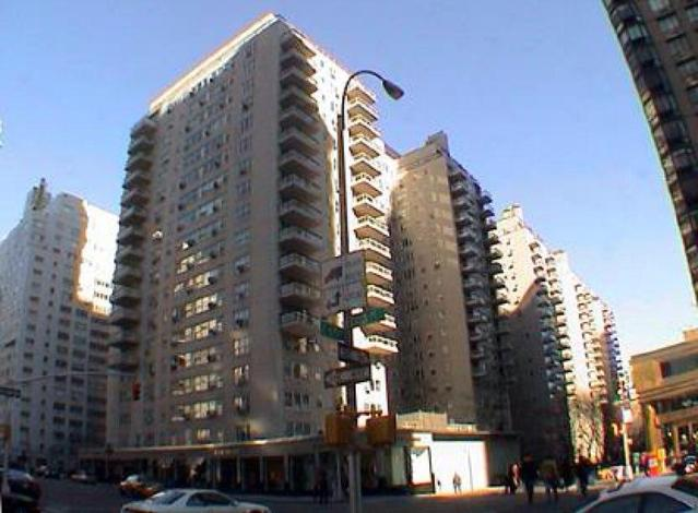 188 East 64th Street, Unit 2202 Image #1