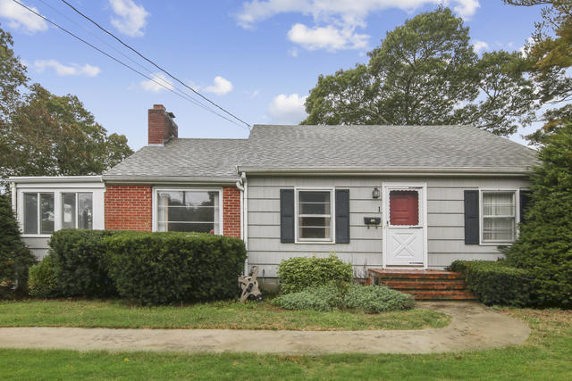 1 Colonial Road Bourne, MA 02532