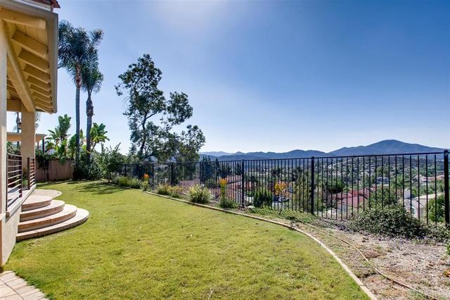2117 Monarch Ridge Circle El Cajon, CA 92019