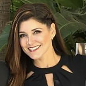 Andrea Plum,                     Agent in Los Angeles - Compass