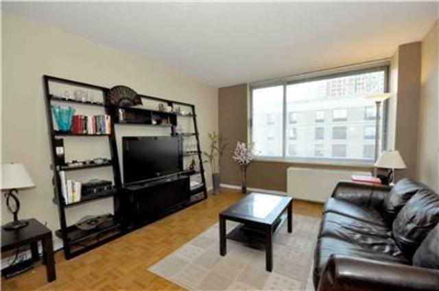2 South End Avenue, Unit 8E Image #1