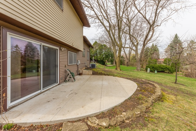 3408 Brookmeade Drive Rolling Meadows, IL 60008