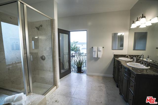 2336 30th Street Santa Monica, CA 90405