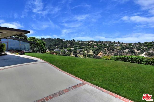 3641 Glenridge Drive Sherman Oaks, CA 91423