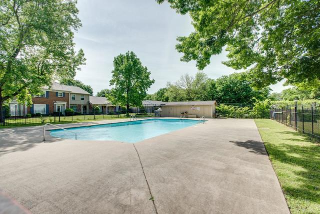 608 Plantation Court Nashville, TN 37221