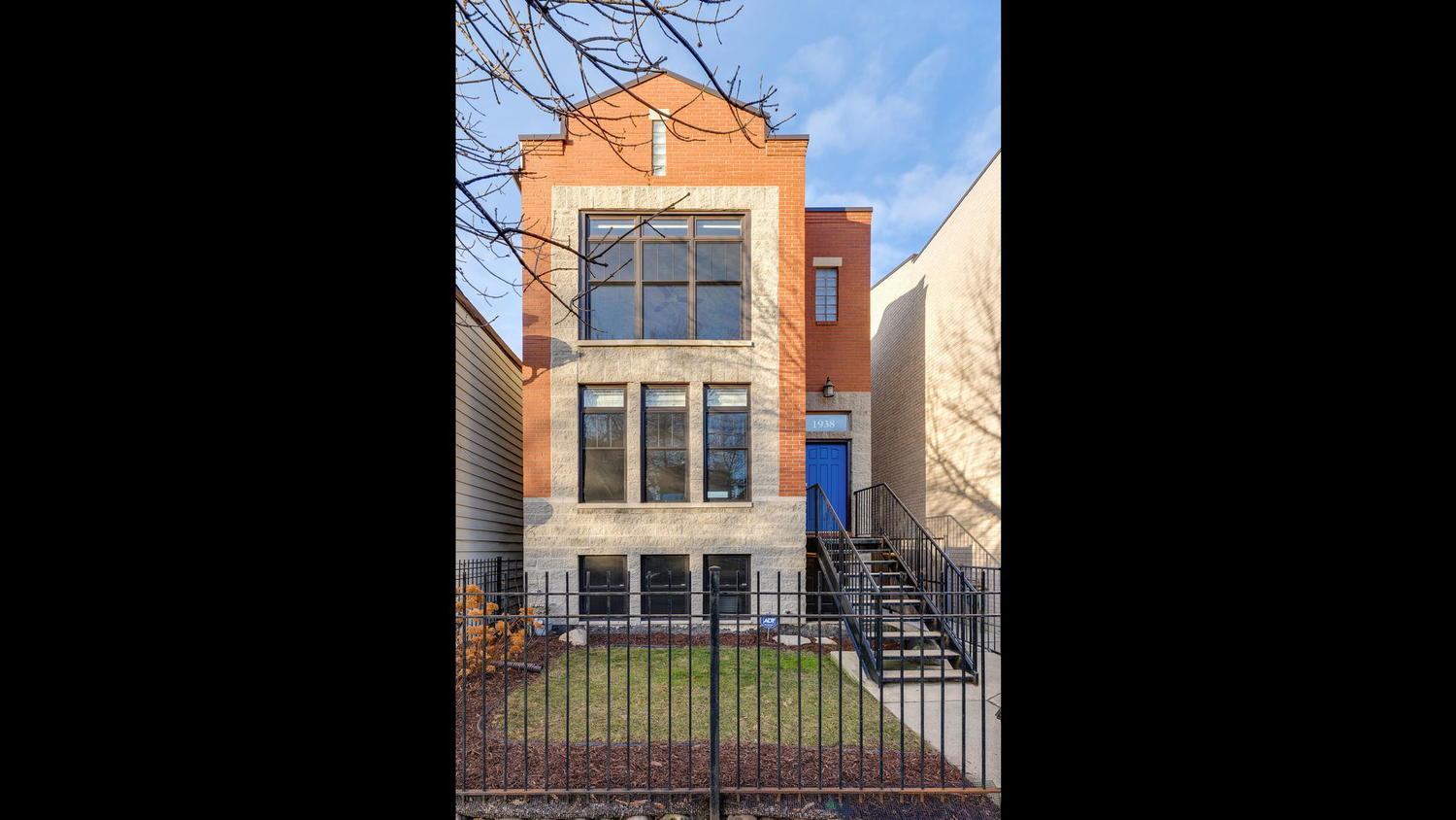 1938 West Huron Street Chicago, IL 60622