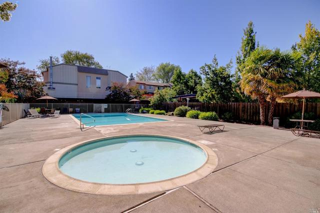 1542 Center Road, Unit 99 Novato, CA 94947