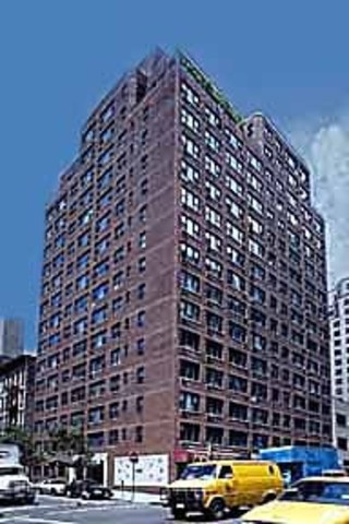 245 East 24th Street, Unit 5E Image #1