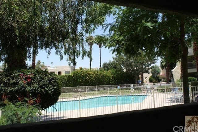 5300 East Waverly Drive, Unit B3 Palm Springs, CA 92264