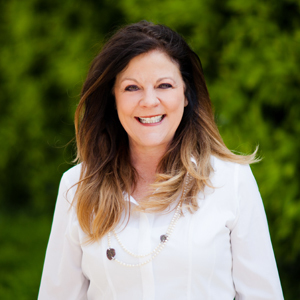 Kristi Cousens,                       Agent in Los Angeles - Compass