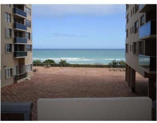 6039 Collins Avenue, Unit 411 Image #1