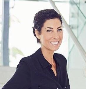 Agnes Cohen,                     Agent in Miami - Compass