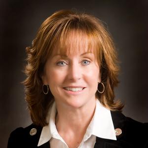 Theresa Aiello, Agent in San Francisco - Compass