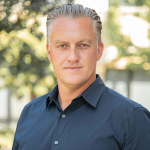 Kyle Forsyth,                     Agent in Los Angeles - Compass