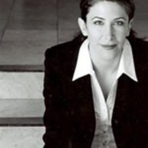 Leslie Ferrera Ruelas, Agent in Los Angeles - Compass