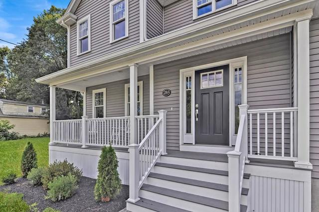 28 Railroad Avenue, Unit 1 Foxboro, MA 02035