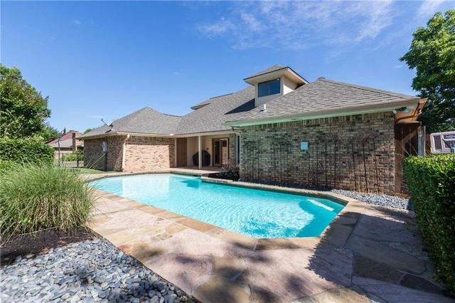 6705 Meadows West Drive Fort Worth, TX 76132
