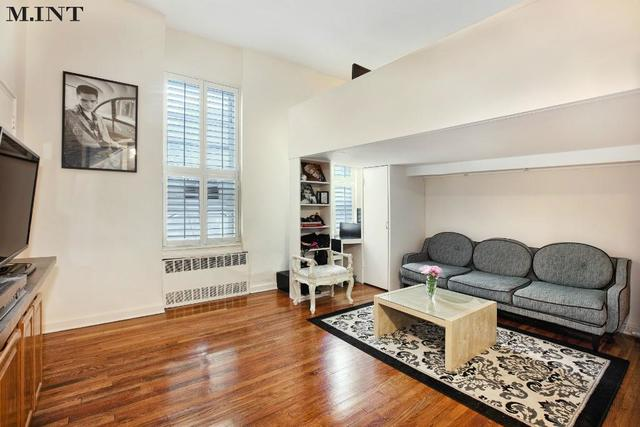151 East 20th Street, Unit 2A Image #1