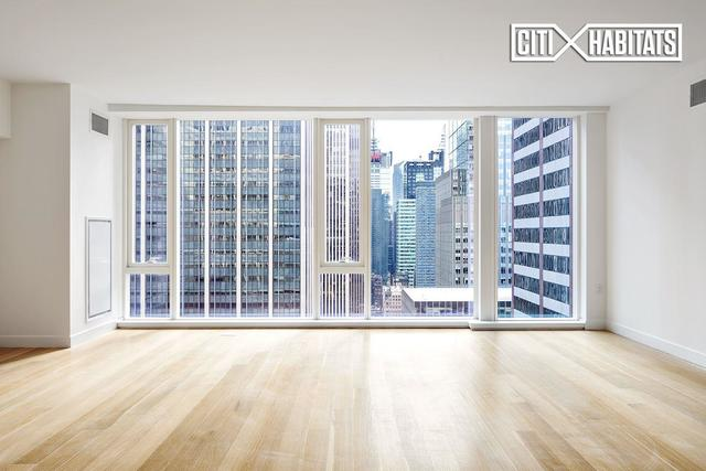 135 West 52nd Street, Unit 31B Image #1