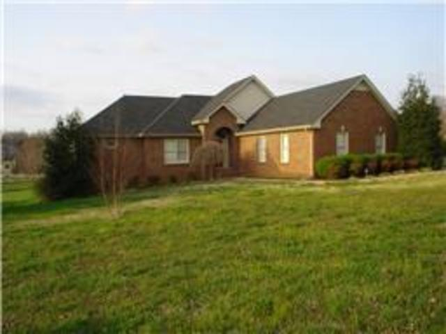 898 South Ridge Trail Clarksville, TN 37043