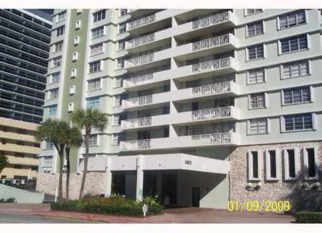 5825 Collins Avenue, Unit 10E Image #1