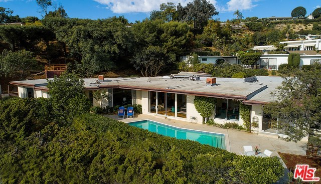 534 Chalette Drive Beverly Hills, CA 90210