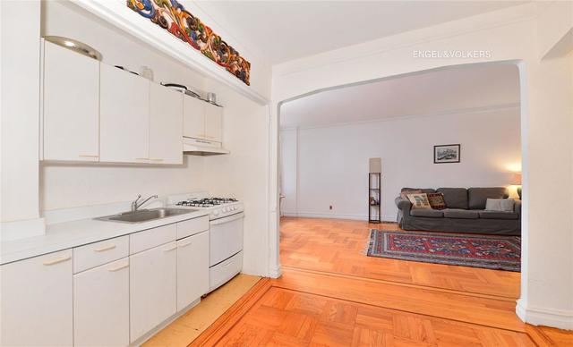 860 Grand Concourse, Unit 4P Image #1