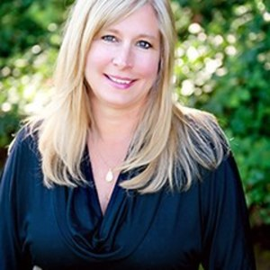 Jacqueline Horewitz,                     Agent in San Francisco - Compass