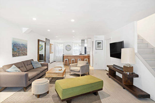373 Quincy Street - Townhouse, Unit 1 Brooklyn, NY 11216