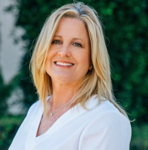 Pam Spruce,                     Agent in Los Angeles - Compass