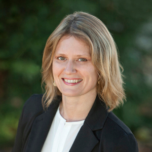 Kate Gomes,                       Agent in San Francisco - Compass