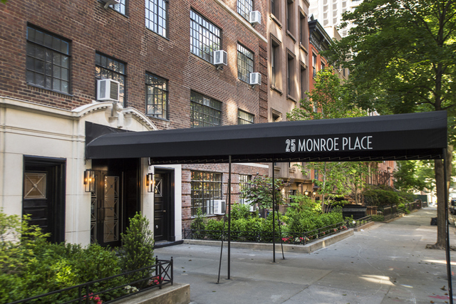 25 Monroe Place, Unit D12 Image #1