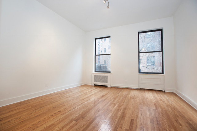 109 East 36th Street, Unit 3R Image #1