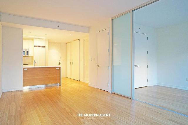 303 East 33rd Street, Unit 6E Image #1