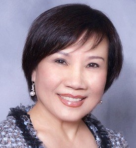 Holly Phan,                     Agent in San Francisco - Compass