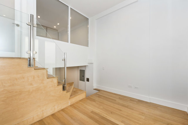 220 East 22nd Street, Unit 3MM Image #1