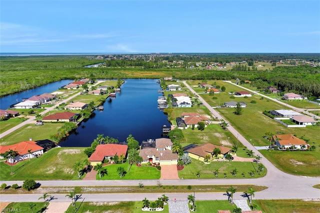 4307 Gulfstream Parkway Cape Coral, FL 33993