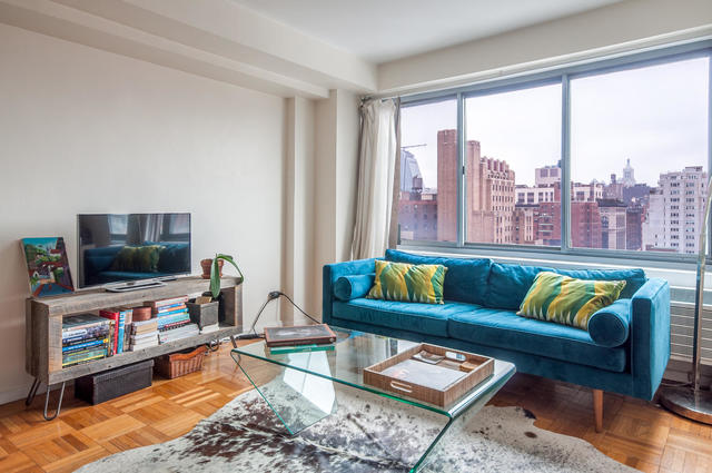 175 West 12th Street, Unit 17J Image #1