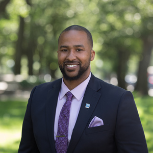 Jovonie Houston,                       Agent in Greater Boston - Compass